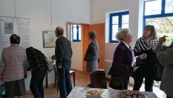 rechts Getrud Höhenberger und Renate Winnecken